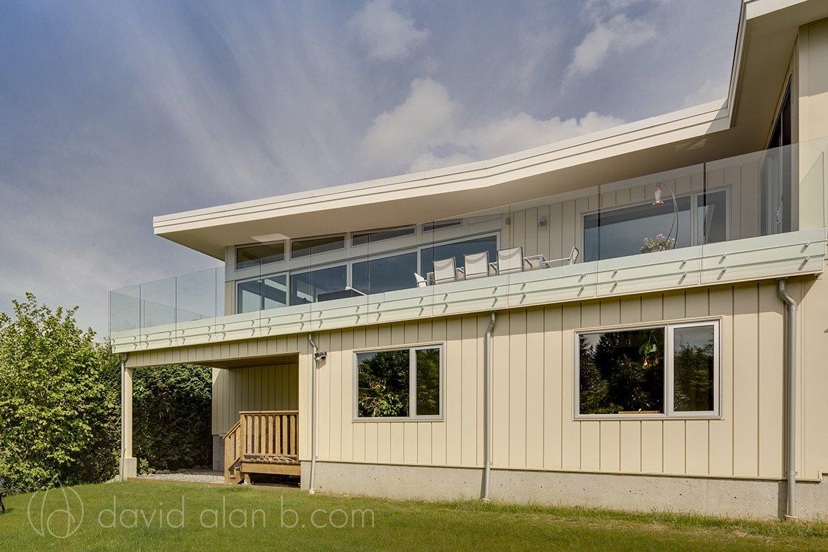 North Vancouver Custom Home Exterior Backyard