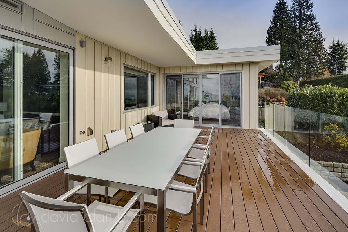 North Vancouver Custom Home Exterior Deck