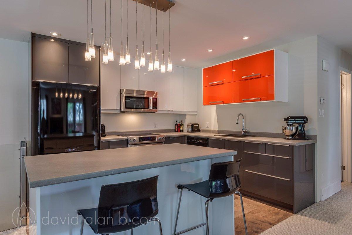 Winnipeg Bungalow - Kitchen Design and Renovation